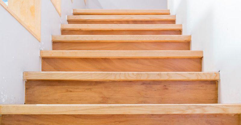 Berühmt Alte Holztreppen selber renovieren - Treppenwiki.de BG13